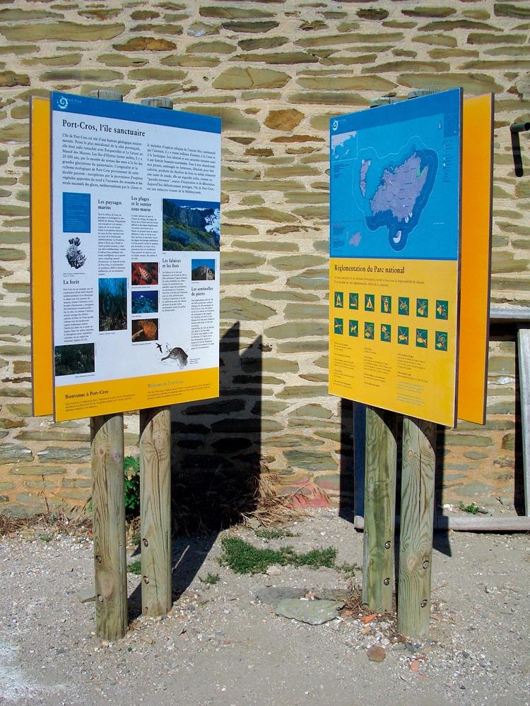 HPL tourist signage