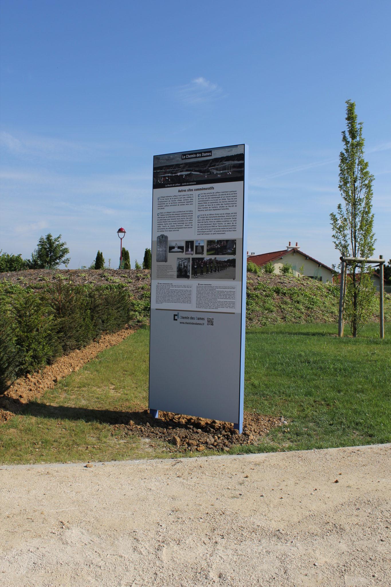 Signaletique touristique HPL par ATELIER GOMBEAUD