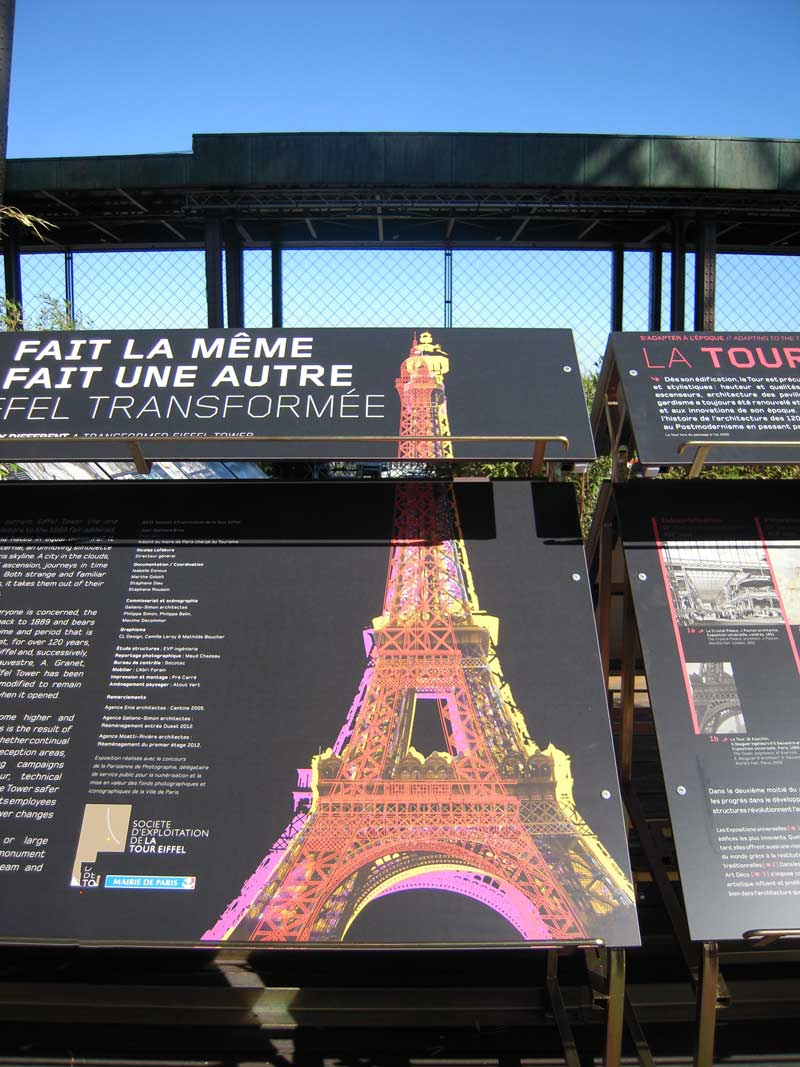 Quality HPL tourist signage by Eiffel Tower